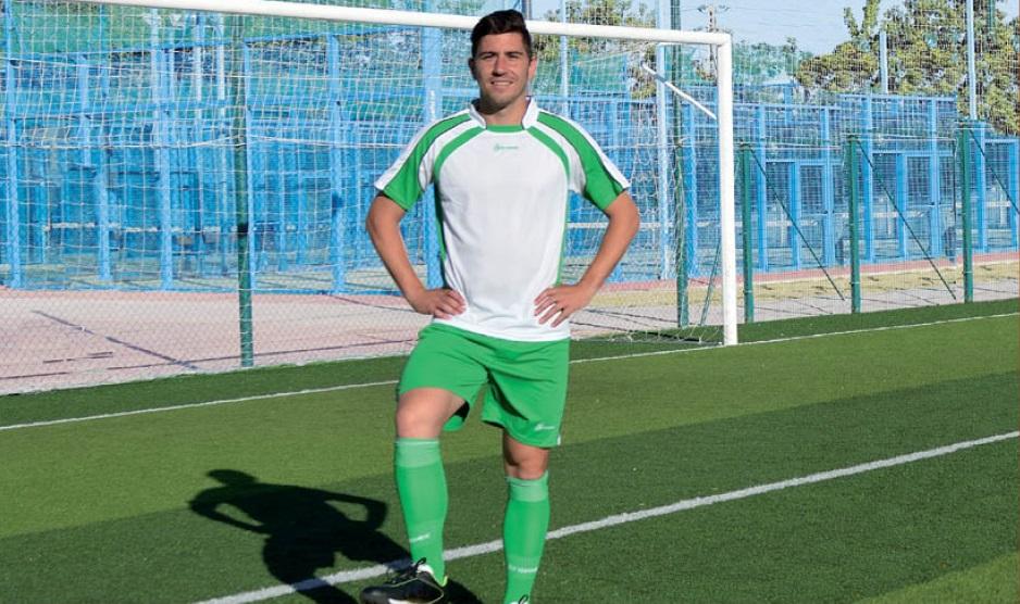 """Equipación deportiva """"Marina"""", (3 Colores), Marca Kromex"""